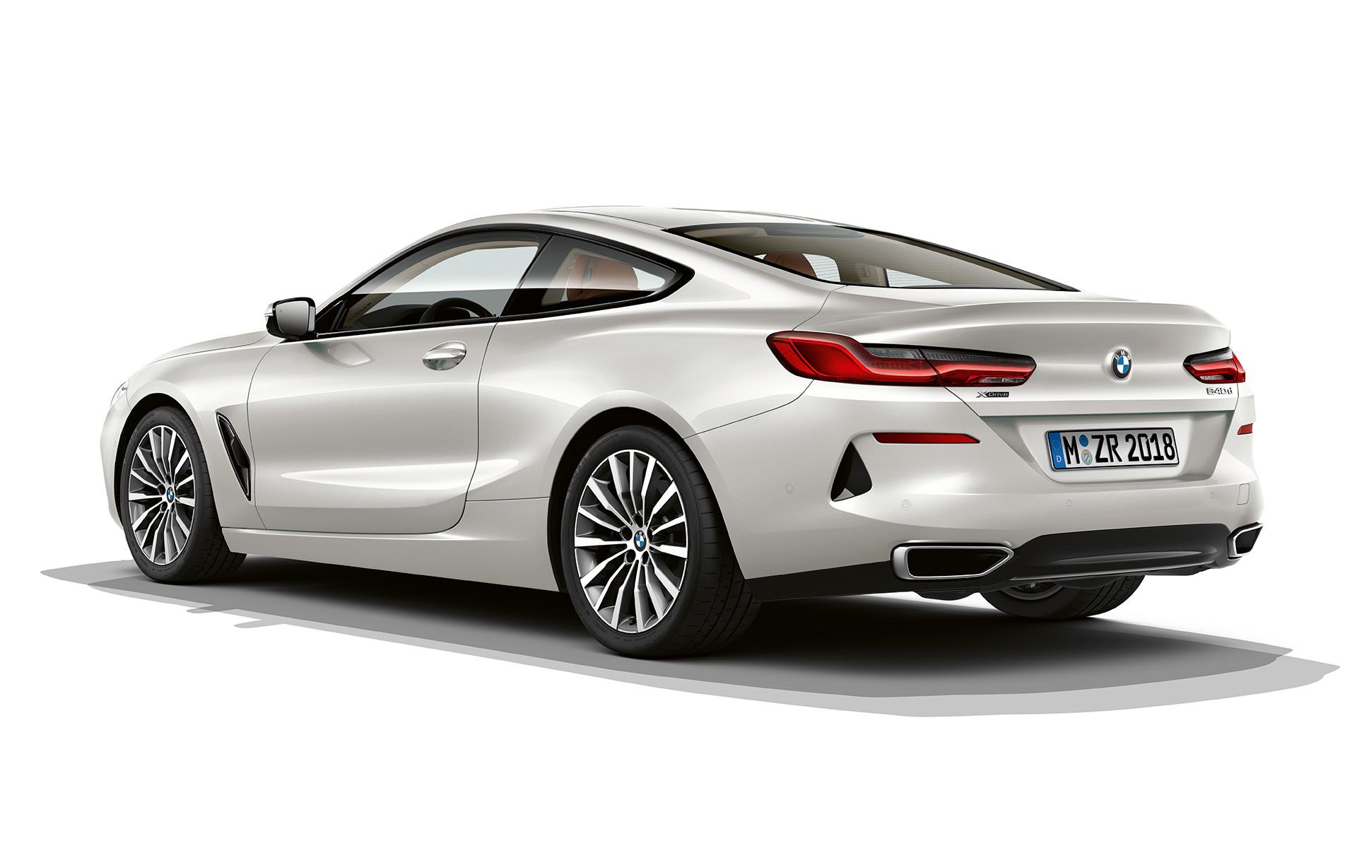 BMW 8シリーズ クーペ:イントロ...