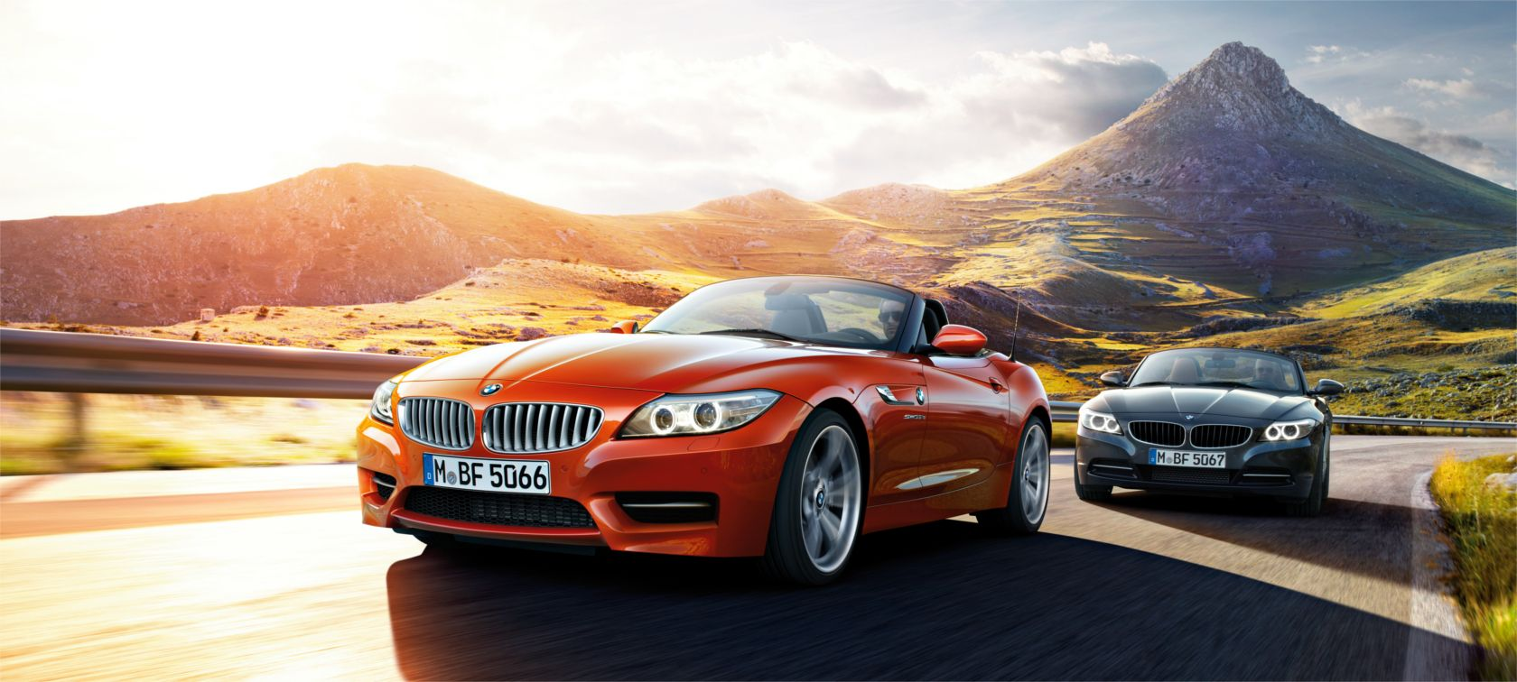 http://www.bmw.co.jp/content/dam/bmw/common/all-models/BMW%20Z4/Roadster/2013/At%20a%20glance/E89_StagePresentation_Ataglance.jpg/jcr:content/renditions/cq5dam.resized.img.1680.large.time1448243069169.jpg