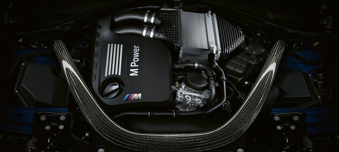 BMW M3 セダン画像